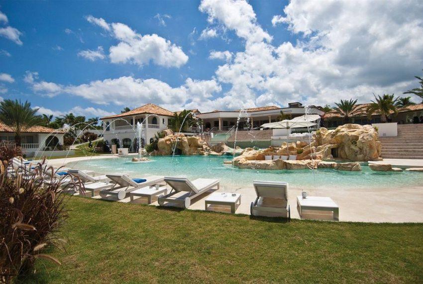 sandyline-pool-villa.jpg.1024x0