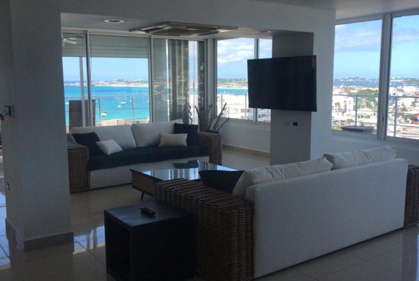 LVL 4 Living Room 2020